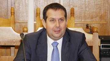 """Deputatul Theodor Nicolescu: """"Organizarea PNL Argeş a fost defectuoasă la recentele alegeri"""" 6"""