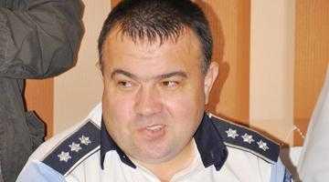 Şeful de la Poliţia Rutieră Argeş, luat la puricat de ANI 4