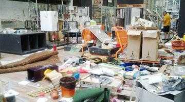 Închiderea Obi Piteşti, între vandalismul piteştenilor şi drama propriilor angajaţi 3