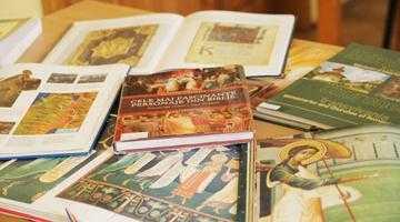 """Secţia """"Religie şi Audiţii Muzicale"""" a Bibliotecii Judeţene, un pas către echilibrul sufletesc 6"""