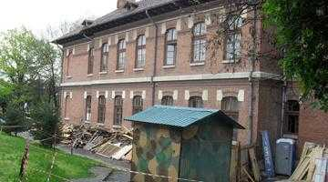 """S-a amânat rezilierea contractului de lucrări cu firma care se ocupă de reabilitarea Colegiului """"Brătianu"""" 5"""