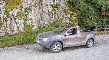 Au apărut fotografii cu prototipul Duster Pick-up pe drumuri de munte 3