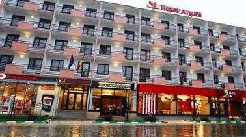 Interese obscure ale Primăriei Piteşti pot duce la anularea vânzării hotelului Argeş 4