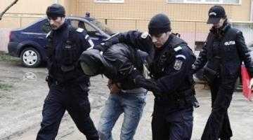 Bărbatul care a jefuit BRD Trivale, prins de poliție 3