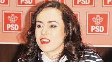 """Simona Bucura-Oprescu: """"Intervenţiile liderilor ACL şi ale lui Traian Băsescu pe tema desemnării candidatului României pentru funcţia de comisar european sunt penibile"""" 5"""
