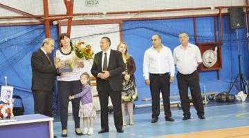 """Luminiţa Huţupan,  invitat special la deschiderea turneului """"Cupa Mioveni  la Handbal"""" 5"""