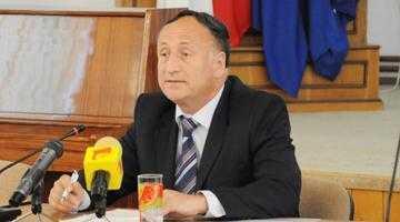 """""""Cei şase primari care au trecut la noi  au apreciat că PSD-ul poate să le rezolve mai uşor problemele decât dacă ar fi singuri"""" 5"""