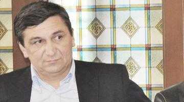 Primarul Baicea de la Costeşti face curte intens PSD-ului 2