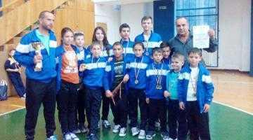 Karatiştii din Mioveni au obţinut 16 medalii la Cupa Băniei 3
