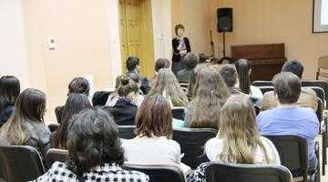 """Prelegere despre diabet la Biblioteca Judeţeană """"Dinicu Golescu"""" Argeş 5"""