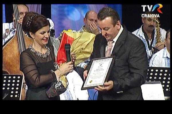 Diplomă de excelență din partea Patronatului Presei din România-Romedia, pentru fosta solistă a orchestrei Doina Argeșului, Mariana Ionescu Căpitănescu 2