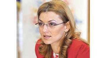 """Alina Gorghiu: """"Îmi fac toate Crăciunurile în Argeş"""" 6"""