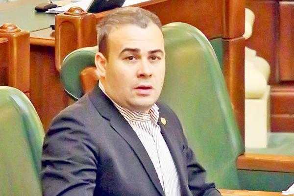 """Ministrul Vâlcov: """"ADI Molivişu va primi un împrumut de la Trezoreria Naţională, doar dacă are capacitatea financiară de a-l returna"""" 5"""