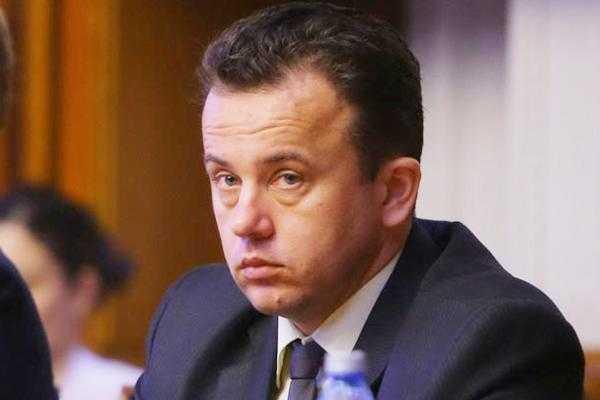 Ministrul Liviu Pop revine în Argeş 2