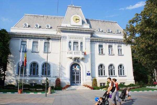 Primăria Pitești dorește să construiască o sală de sport la Școala Nr. 5 Nicolae Iorga 4