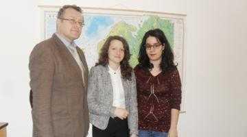 """Cele mai bune eleve din lume la geografie învaţă la Colegiul """"Brătianu"""" 4"""