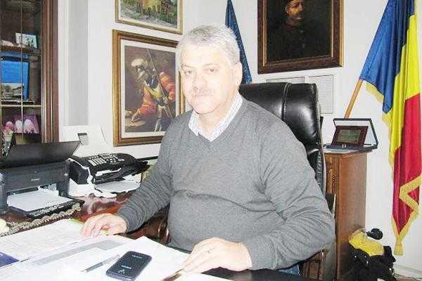 Primarii Andrei, Popa, Ştefan şi fostul primar Nicuţ, 3 ani de închisoare cu suspendare 2