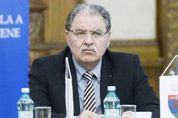 Jurnalul de Argeş vă prezintă textul integral al sentinţei prin care Nicolescu a primit 7 ani şi 8 luni de închisoare 6