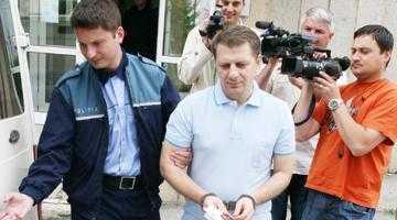 Libertatu regretă că nu i-a denunţat pe şefii PNL Argeş, cărora le-a înmânat mita de la Penescu 5