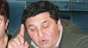 Vicele Ţâroiu stă cu uşile închise 5