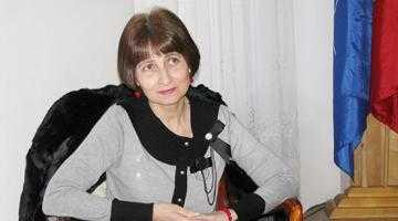 """Convorbiri neconvenţionale. Liliana Rus: """"Fac eforturi mari  să-mi cresc mugurele speranţei"""" 5"""