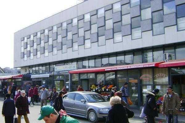 Piețele din Pitești se închid pentru activități de dezinfecție 2