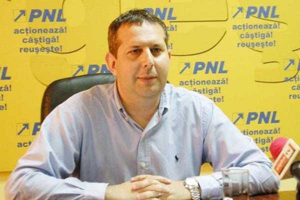 Deputatul Theo Nicolescu rămâne în arest 6