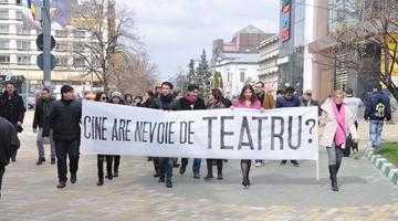 """Protestul actorilor a avut efect: Ansamblul """"Dorul"""" nu se mai mută la Teatrul Al. Davila 5"""