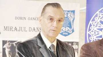 """Protestul actorilor a avut efect: Ansamblul """"Dorul"""" nu se mai mută la Teatrul Al. Davila 8"""