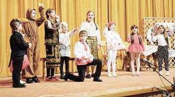 Ziua Internaţională a Teatrului, serbată la Mioveni 5