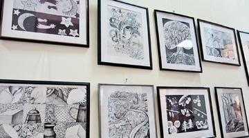 Cursanţii Secţiei de Plastică a Şcolii Populare de Arte şi Meserii din Piteşti îşi expun lucrările de grafică 4