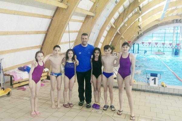 Primul concurs internațional pentru înotătorii de la CS Dacia Mioveni 2012 5