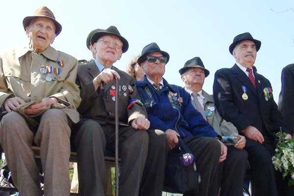 În Argeș sunt 15 veterani de război care au depășit vârsta de 100 de ani 5