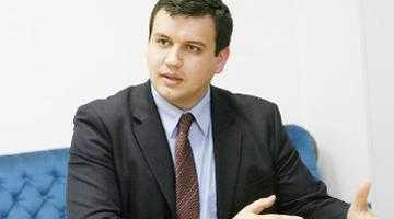 Eugen Tomac a avut numai cuvinte de laudă la adresa organizaţiei PMP Argeş 5