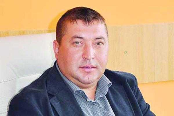 Primarul de la Vulturești a fost suspendat din funcție 6