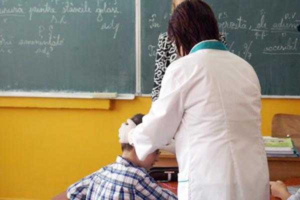 Medicii școlari argeșeni cred că își vor pierde locurile de muncă 5