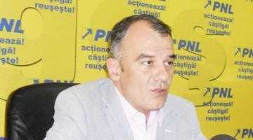 """Cătălin Bulf: """"La nivel local, Iani Popa lucrează intens la blatul PSD-PNL pentru conservarea puterii"""" 4"""