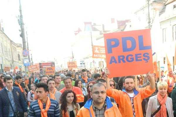 În an alectoral, PDL Argeş a avut venituri de peste 100.000 de lei 4