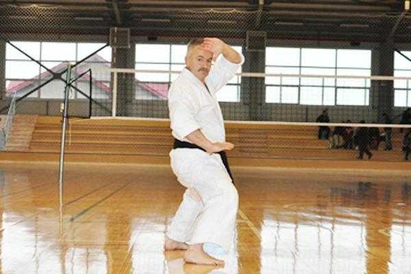 Întemeietorul stilului Fudokan susține un stagiu tehnic şi de arbitraj la Pitești 6