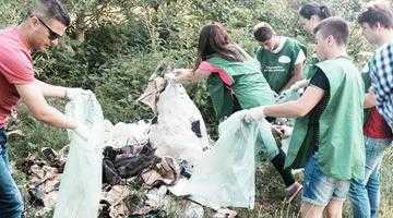 """""""Şcoala reciclării"""" şi ecologizarea râului Târgului, alte două acţiuni  de succes marca ADI SERVSAL ARGEŞ 5"""