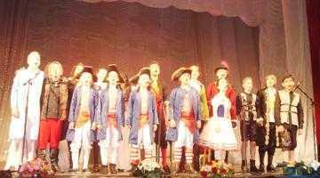 """Alianţa Franceză a adus spectacolul """"Îndrăgostiţii din Bastilia"""" pe scena teatrului Davila 4"""