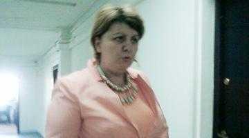 Judecătoria Piteşti a amânat pronunţarea în dosarul fraudei de 700.000 euro de la BCR 5