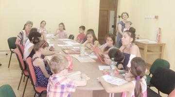 """""""Ateliere de poveşti"""" pe timpul vacanţei de vară, la Biblioteca Judeţeană Argeş 2"""