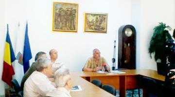 Scutul NATO în România, dezbătut pe larg la Centrul Cultural Piteşti 3
