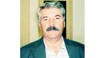 """Poetul și profesorul Constantin Vărășcanu: """"Doar cei cu mai puține șanse în altă parte și doar câțiva idealiști chemați de vocație și pasiune mai doresc să lucreze în învățământ pe un salariu neatractiv"""" (I) 3"""