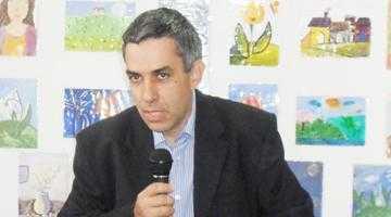Liderul sindical Mircea Bărbuceanu le cere profesorilor universitari să facă greva foamei pe scările Prefecturii 5