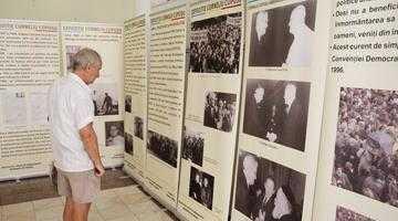"""Dublu eveniment cultural dedicat lui Corneliu Coposu la Biblioteca Judeţeană """"Dinicu Golescu"""" Argeş 3"""