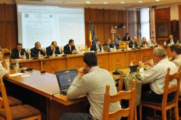 Dezbaterea bugetului Consiliului Judeţean: nemulţumiri la împărţirea banilor în cultură 6