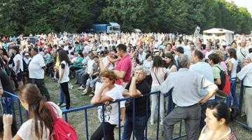 Peste 5.000 de oameni şi invitaţi de top la Ziua Bascovului 6