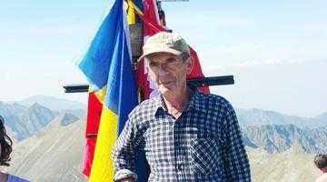 17 membri ai familiei Brănescu au escaladat Vf Moldoveanu în aceeaşi zi 6